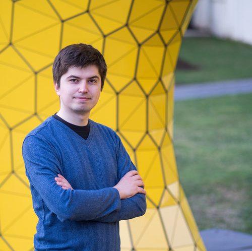 Anton Strezhnev
